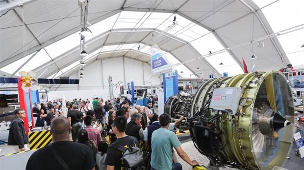 Promotion saguenay participe au salon international de l - Salon international de l aeronautique et de l espace ...