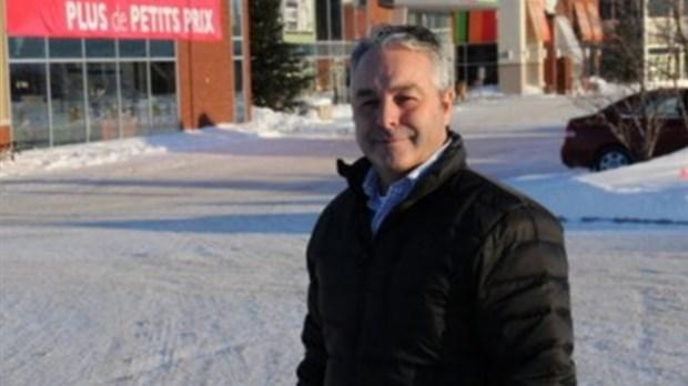 La ccs s 39 associe au maire jean tremblay saguenay lac st for Chambre de commerce de chicoutimi