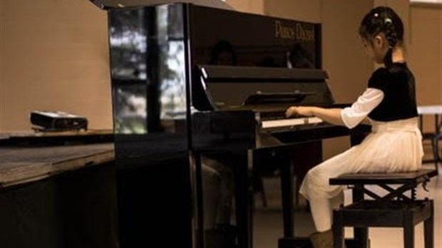 le studio de musique sylvie p ladeau en concert la maison tresler le 19 juin vaudreuil. Black Bedroom Furniture Sets. Home Design Ideas