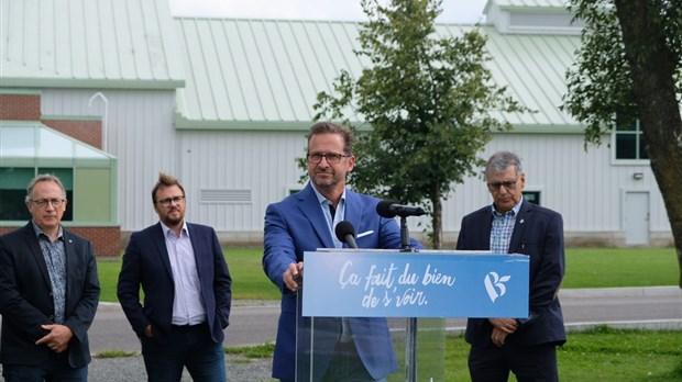 Ferme expérimentale de Normandin : 4 députés et un maire demandent plus de chercheurs